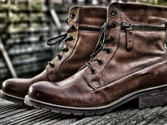 winter-boots-3867775__340