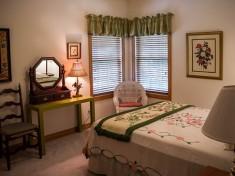 bedroom-374982__340